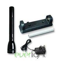 MAG-LITE LED tölthető lámpa szett